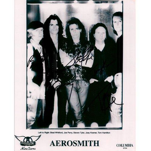 AEROSMITH SIGNED 8x10 PHOTO + COA