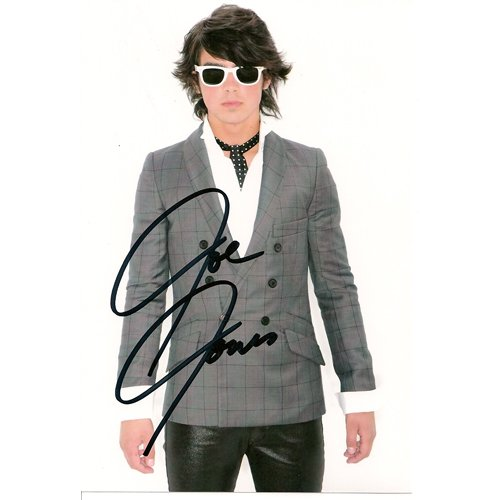 JONAS BROTHER JOE JONAS SIGNED 4X6 PHOTO + COA