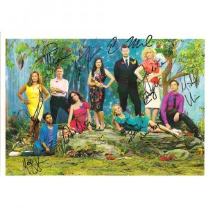 UGLY BETTY CAST SIGNED 8x10 PHOTO