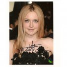 DAKOTA FANNING SIGNED 5 X 7 PHOTO + COA