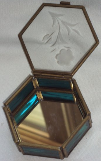 Via Vermont Etched Flower BlueStain Glass 6 Sided Octagon Shape Trinket Jewelry Box Mirror Bottom