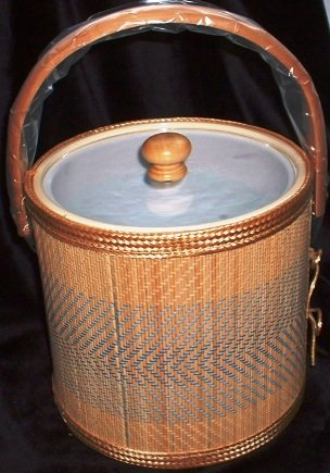 Culver Rattan Blue 3qt Mint in Box Ice Bucket 5th Ave NY Vintage 1987