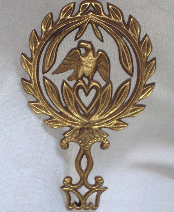Vintage Virginia Metal Crafters Brass Eagle Trivet Laurel Wreath Hot Plate