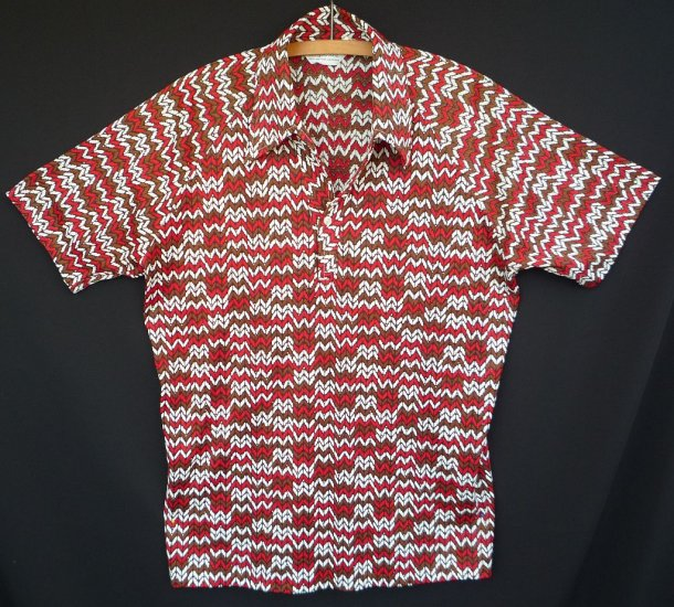 """Vintage 70s Lilly Dache of Paris NY CA  Abstract Print Men's Disco Polo Shirt -- Size 46"""" - L"""