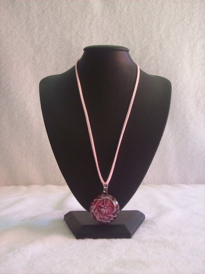 Swirl pendant, pink