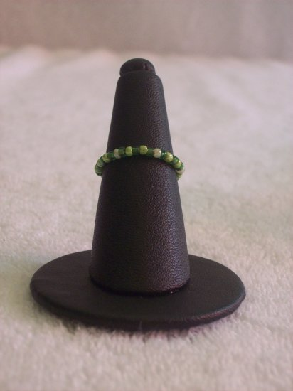Simple ring, green variations