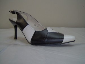 "ladies shoesby palovia,bk/white, 2"" heel,size 6,7,8,9,10"