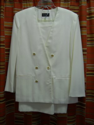 ladied 2pc ivory skirt suit, fully lined,shadow stripes, 100% polyester,size 12,free shipping
