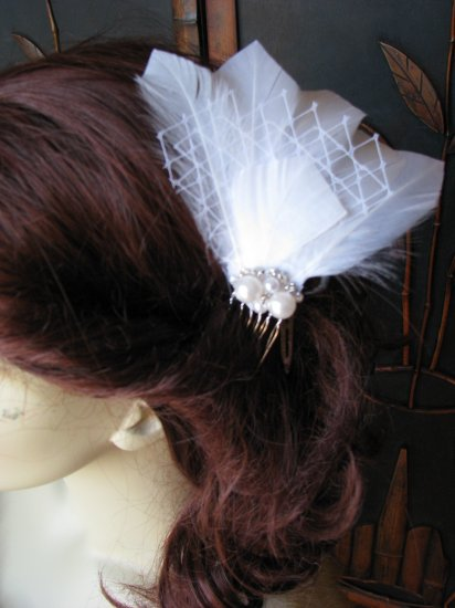Bridal feathers hair piece