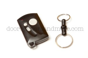 Genie GICT390-1BL  Intellicode Compatible 3 Button Key Ring Transmitter GT-31 390 MHz - Genie GIT-3