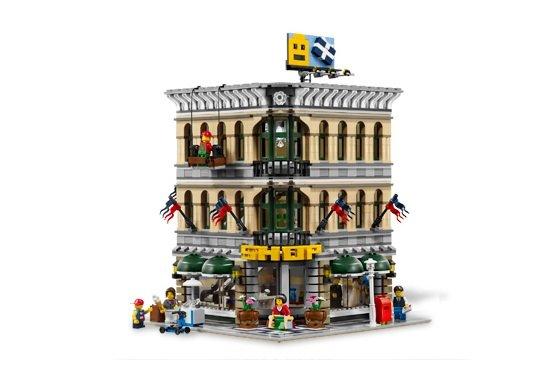 LEGO Creator: Grand Emporium 10211