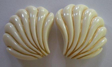 Vintage Fashion Sea Shell Shape Clip On Earrings