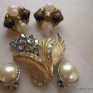Vintage Crafter's Lot Jewelry, Coro Brooch