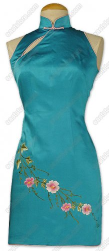 Feminine Flower Embroidered Silk Cheongsam