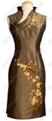 Chic Plum Blossom Embroidered Dress