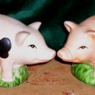 Vintage Salt and Pepper Shakers, Pigs