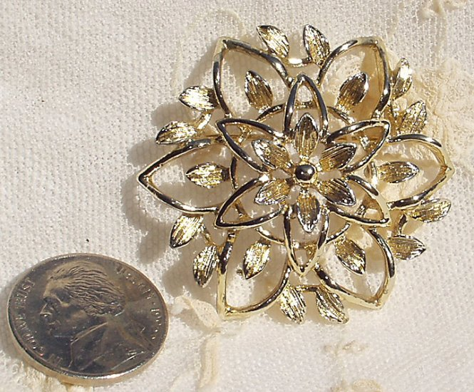 1960s Vintage Sarah Coventry Petalure Set Demi Parure Earrings Brooch