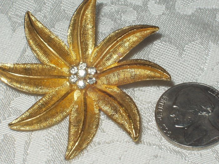 Vintage Signed Gerry's Poinsetta Brooch Rhinestone Flower