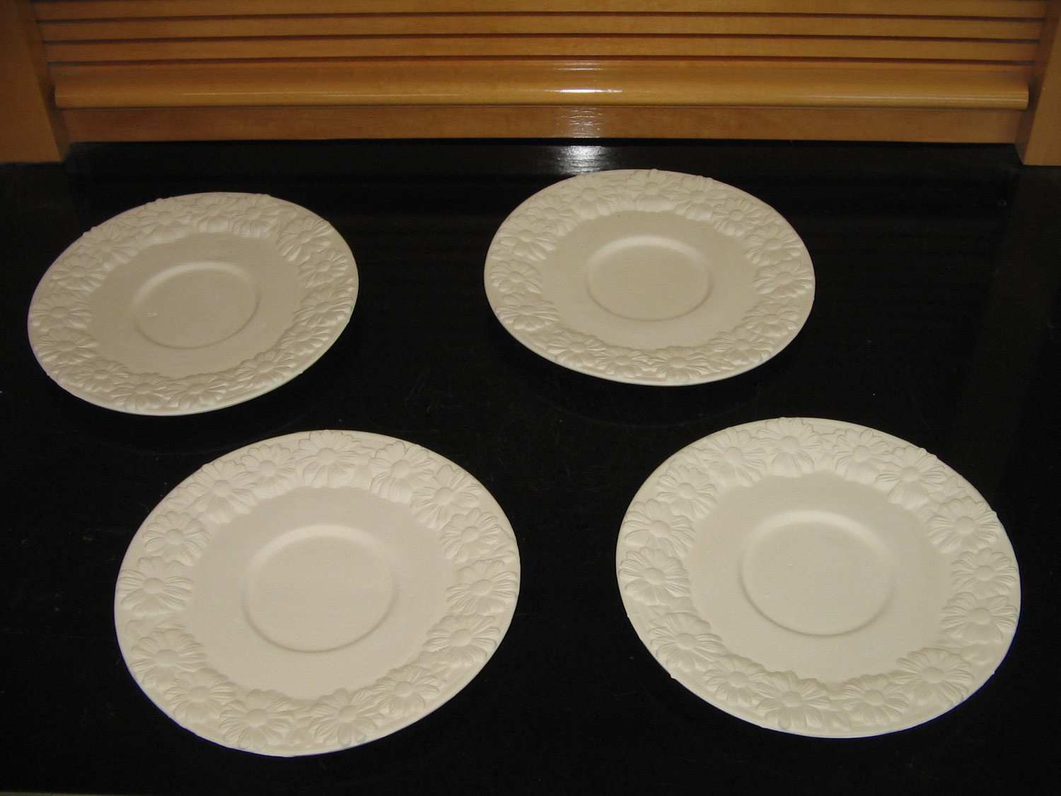 Daisy Saucers Set Of 4 Ready To Paint Ceramic Bisque U Paint