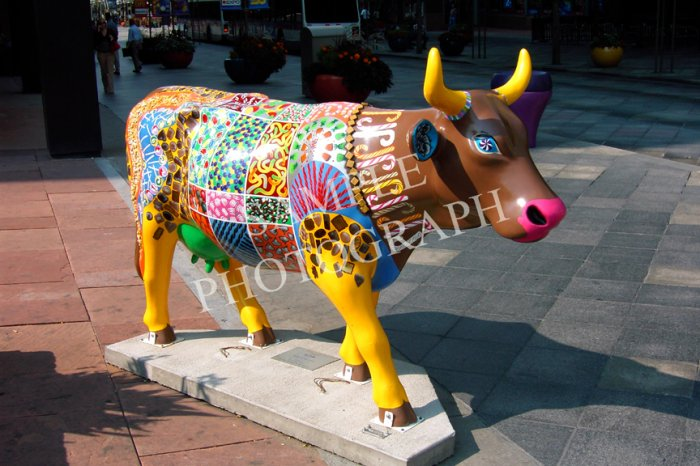 Cows On Parade - Cow In A Candy Store