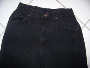 WOMEN�S BLACK LEE JEANS SIZE 8 MED. W26Xl30