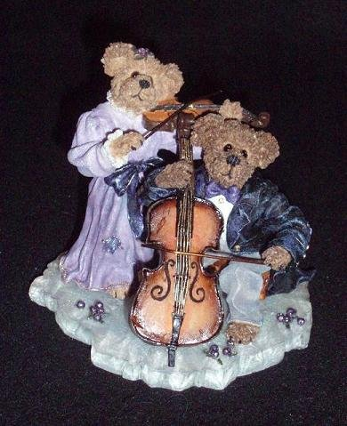 Boyd Bearstone Bears Amanda & Michael String Section