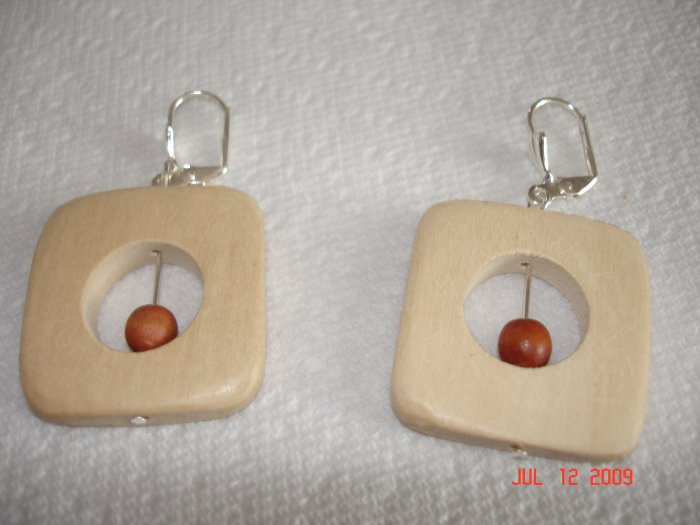 two-toned wooden bead earings