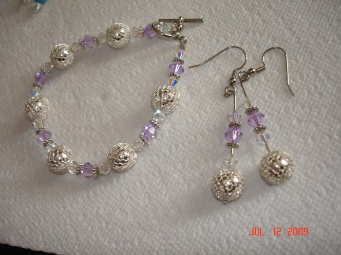 Gorgeous Swarovski tanzanite bracelet and earing set