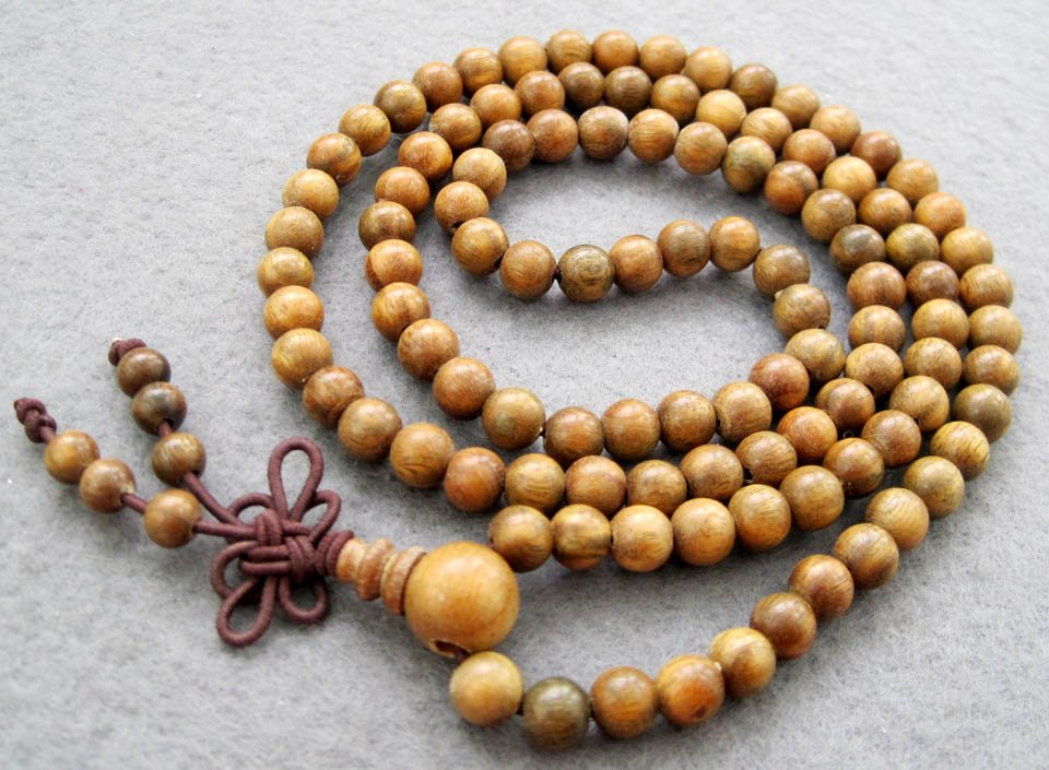 Tibet Buddhist 108 Green Sandalwood Beads Prayer Mala Necklace  6mm  ZZ008