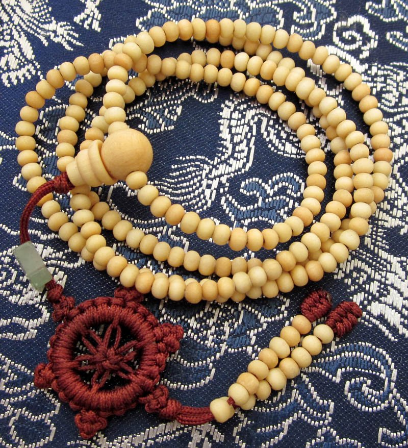 Tibet Buddhist 216 White Sandalwood Beads Prayer Mala Necklace  ZZ039