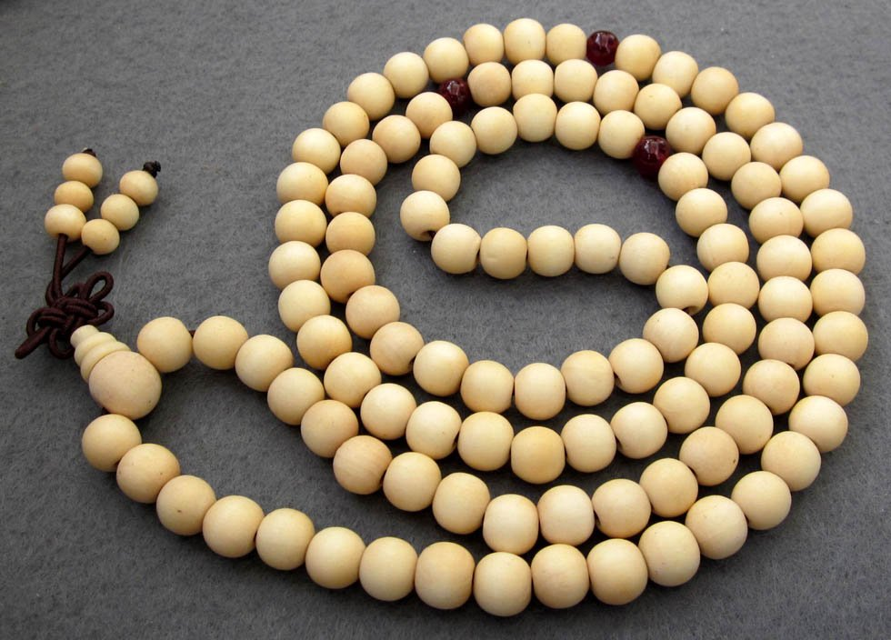 Tibet Buddhist 108 White Sandalwood Beads Prayer Mala Necklace  ZZ041