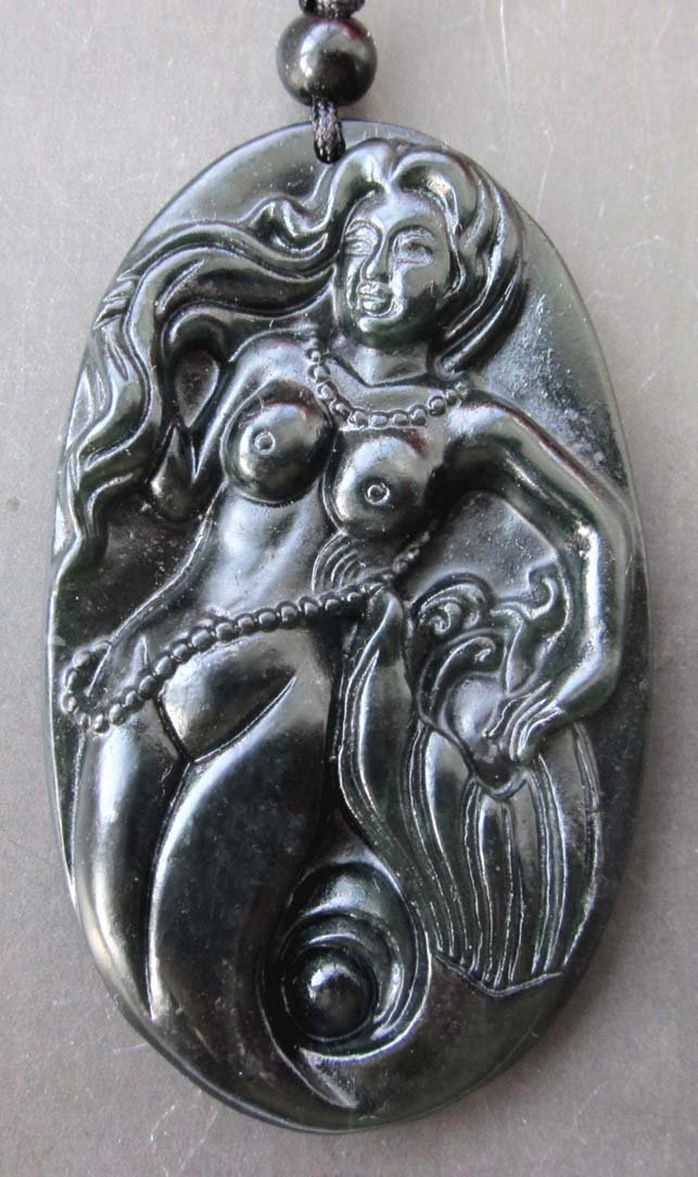 Beautiful Black Green Jade Mermaid Seamaid Pendant  TH74