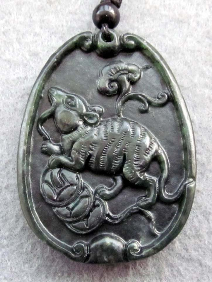 Black Green Jade Lucky Rat Coins Amulet Pendant  TH124