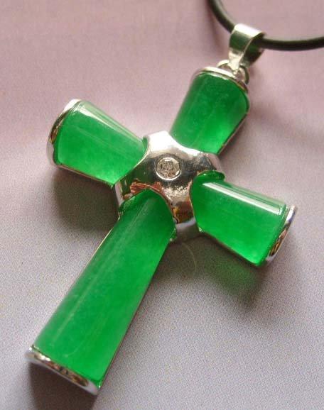 Green Jade Christian Cross Pendant Necklace Love Faith  T0031