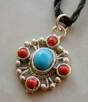 Tibetan Style Alloy Metal Pendant Necklace 30mm*25mm  T1637