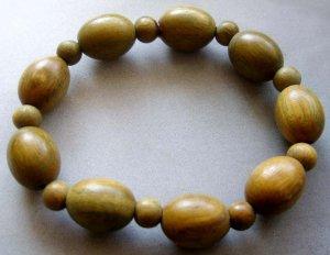 Green Sandalwood Oval Beads Bracelet  T1784