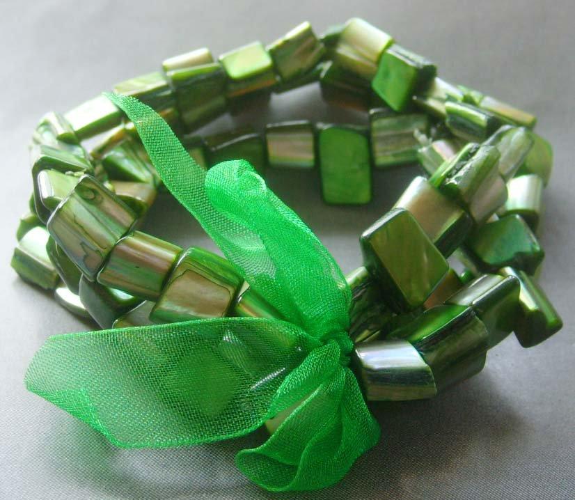Green Veins Sea Shell Beads Bracelet  T2052