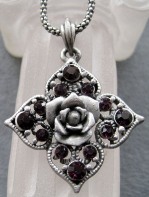 Acrylic Diamond Alloy Metal Flower Pendant 40mm*40mm  T2105