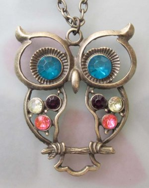 Acrylic Diamond Alloy Metal Owl Pendant Necklace 720mm*52mm  T2491