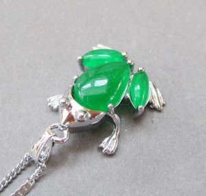 Malay Jade Alloy Metal Toad Frog Pendant 18mm*17mm  T2802
