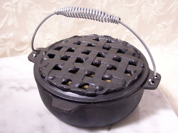 Old Mountain Cast Iron Pie-Steamer Casserole