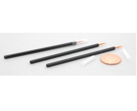 Pack of 100 disposable Fine Tip Eyeliner Brushes or Lash Growth Serum Applicators