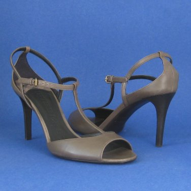 "NIB Burberry Gray Leather ""Norreys"" Open Toe T-Strap Heels - 9"