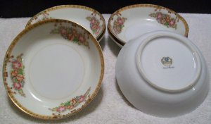 Diamond China 6 Dessert/Cereal Bowls (Roslyn Pattern)