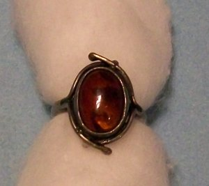 Vintage 925 Silver Ring, Amber Gemstone with Hallmarks (size 7)