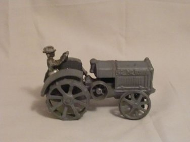 Vintage McCormick-Deering 10-20 Cast Iron Tractor Toy