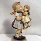 Kiss Me Hummel #311 (TMK-4)