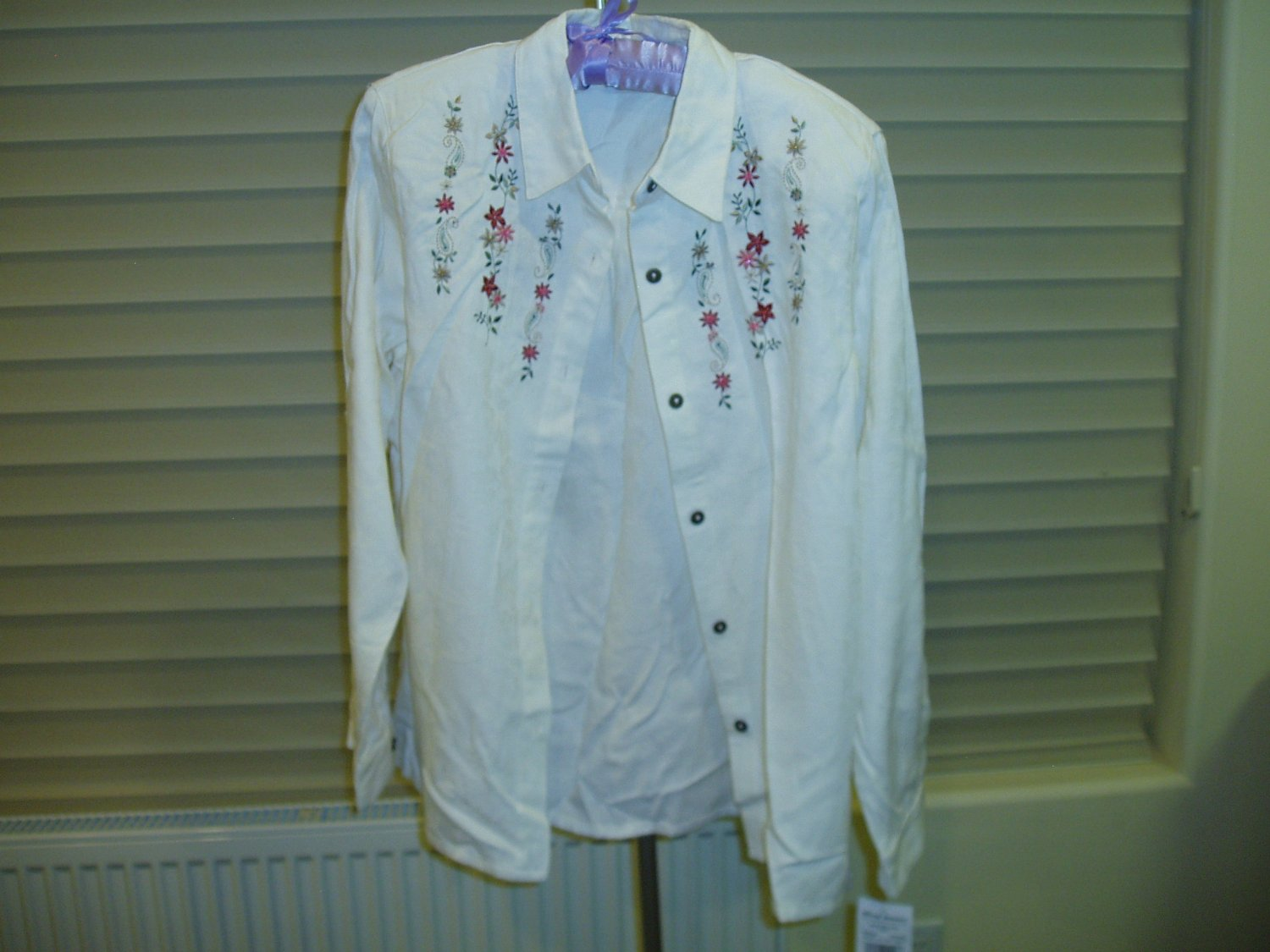 Women's Alfred Dunner off-white/cream blouse/shirt, Size 14