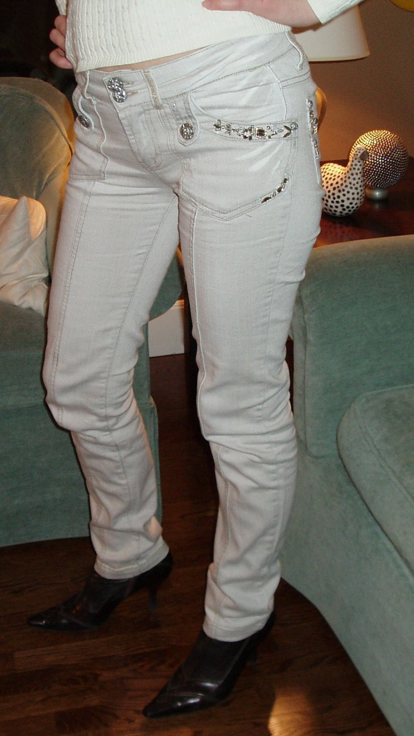 Women's off-white Rosa & Rose jeans w/rhinest, size M