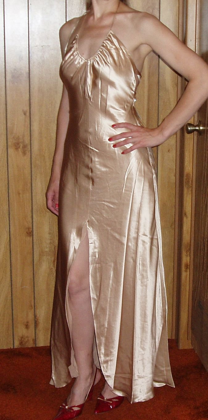 Cicci USA Womens/Juniors gold shimmering dress, Size X Large, XL